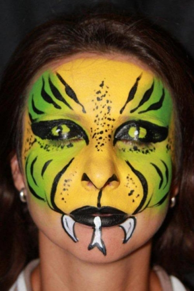 Face painting by Patricia Telles