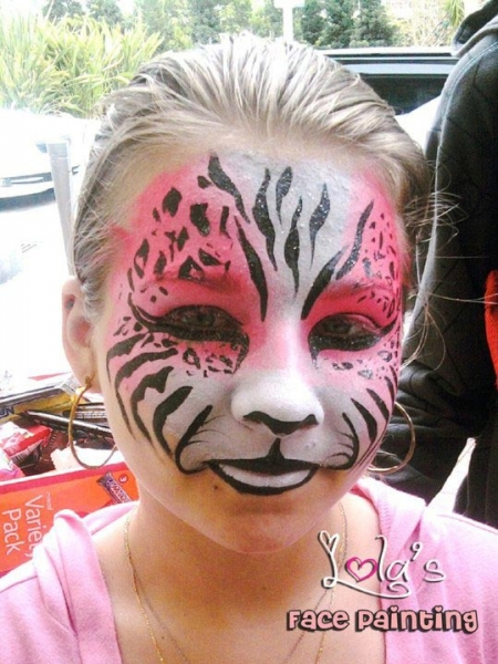 Face painting by Lola Estefa Pinares
