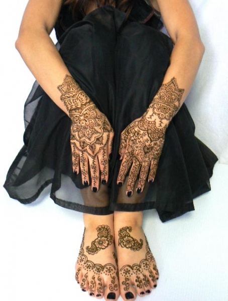Henna Tattoo by Kelly Caroline