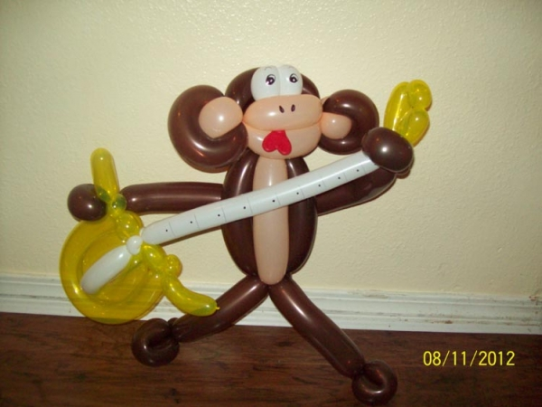 Balloon Sculpture by Angela Andress