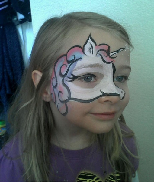 Face Painter Erica McKenna