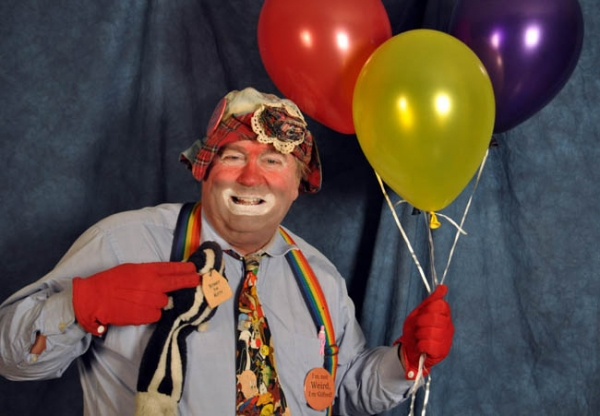 Lucky the Happy Hobo Clown Balloons