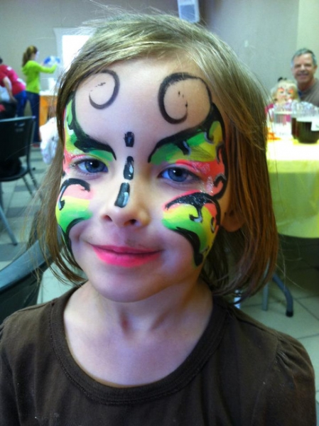 Face Painter Amanda Younger