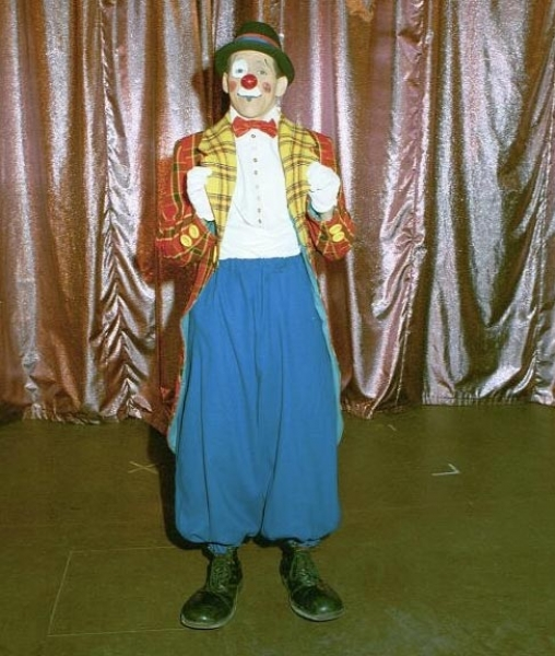 Allergic Andrew Clown