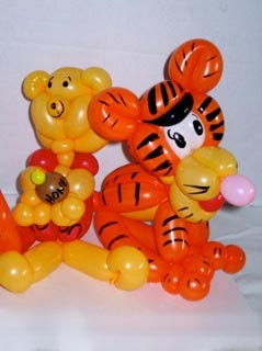 balloon sculpting by Abbie Lawrence