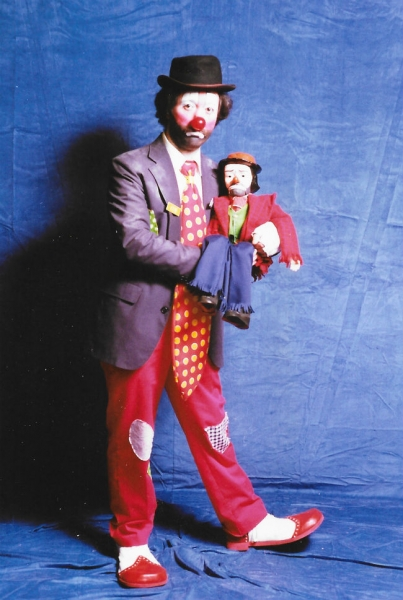 Dusty the Clown Mike Valentine
