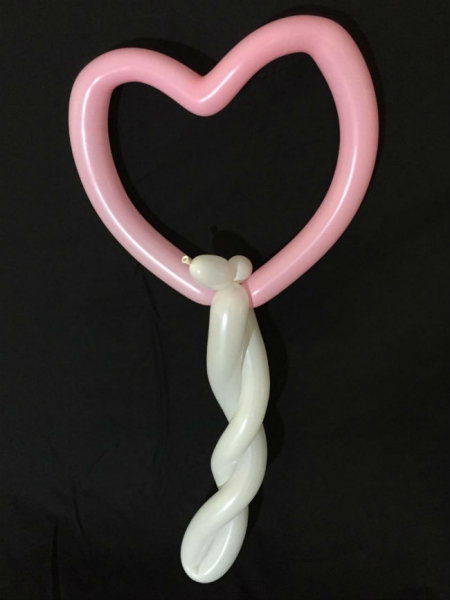 Balloon Sculptor Sharon Hickey