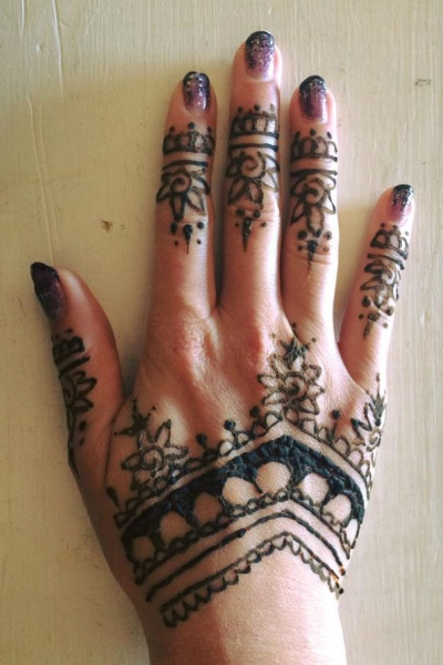 Henna art by Shelbi Ciaramitaro