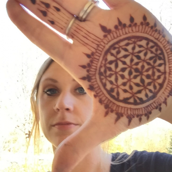 Henna by Raechel Brown