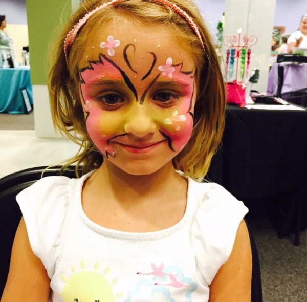 face painter Carly Barnes image