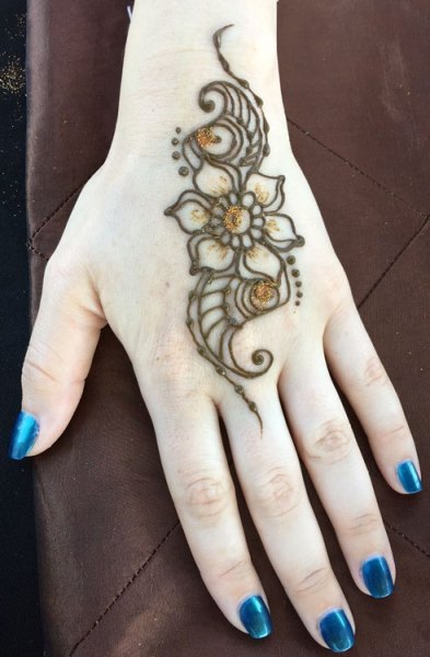 Henna by Marcela Bustamante