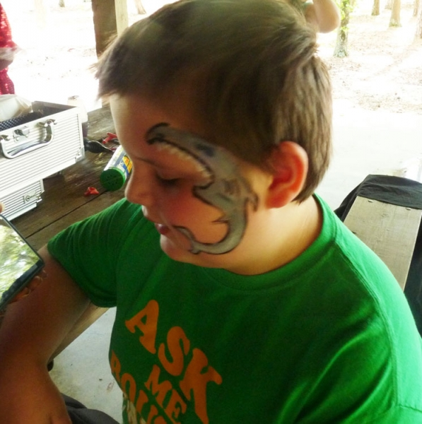 Shanee White Face Painter