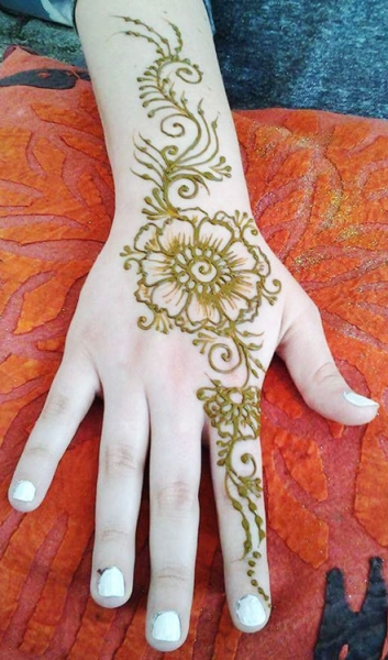 Maria O'Connor Henna Tattoo Artist