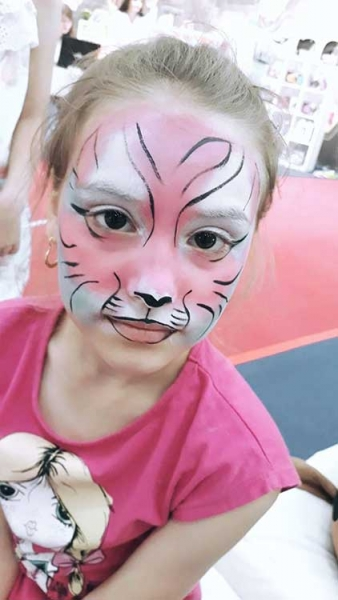 Ana Maria Boboc Face Painter