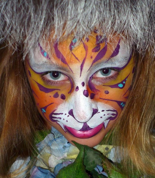 Face painting by Rebecca Tonkovich