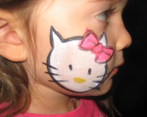 Face painting by Armita Motallebi