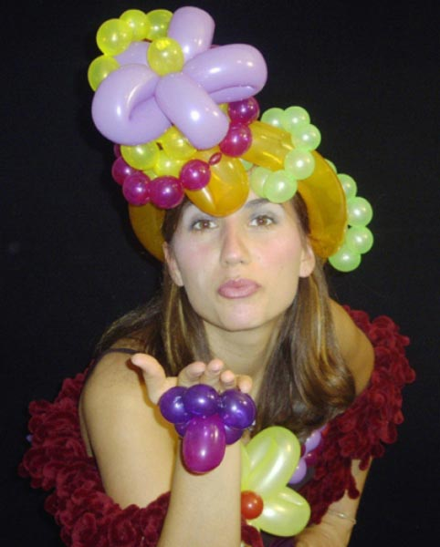 Fruit Hat Balloon Sculpture - Mr. Bump!