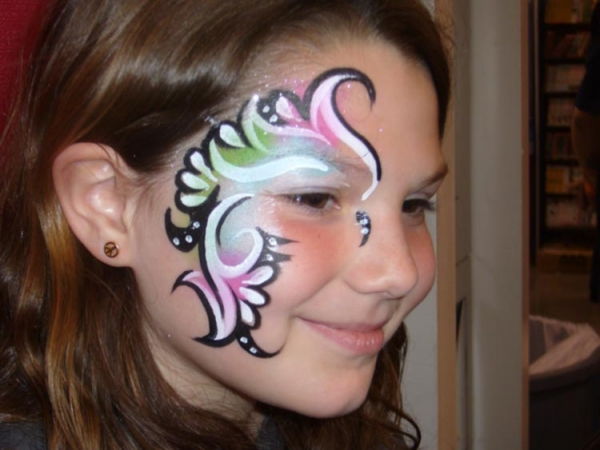 Face painting by Diane Days
