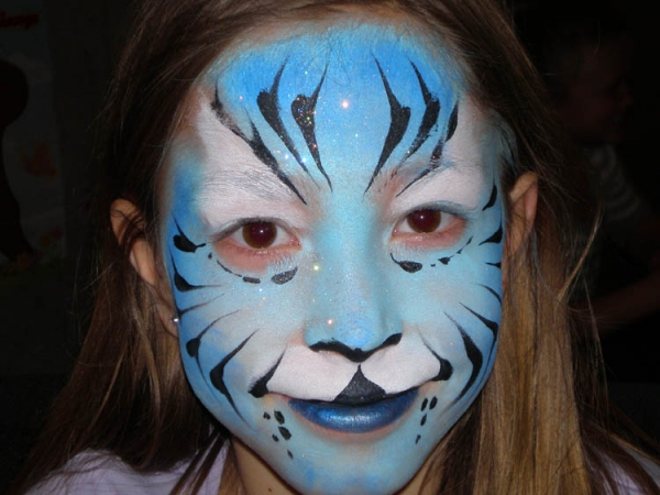 Face painting by Oddzin Ends
