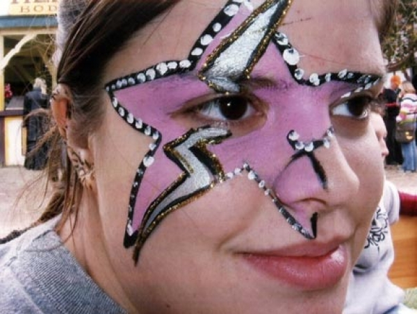 Face painting by Robbie Hay