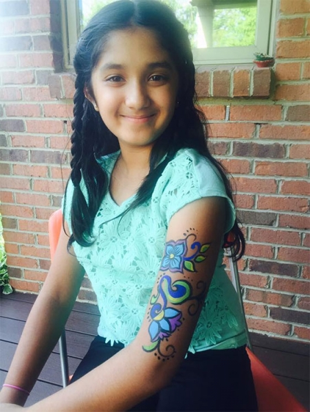 Anisha Sanghani Face Painter