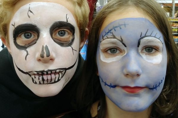 Suzanne Bentonville Face Painter