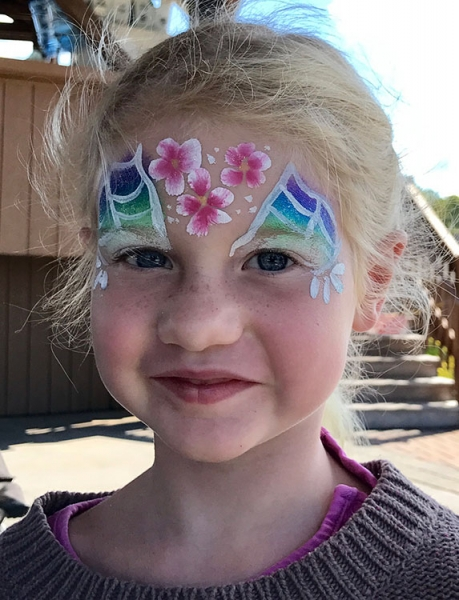 Monica Hollenbeck Face Painter
