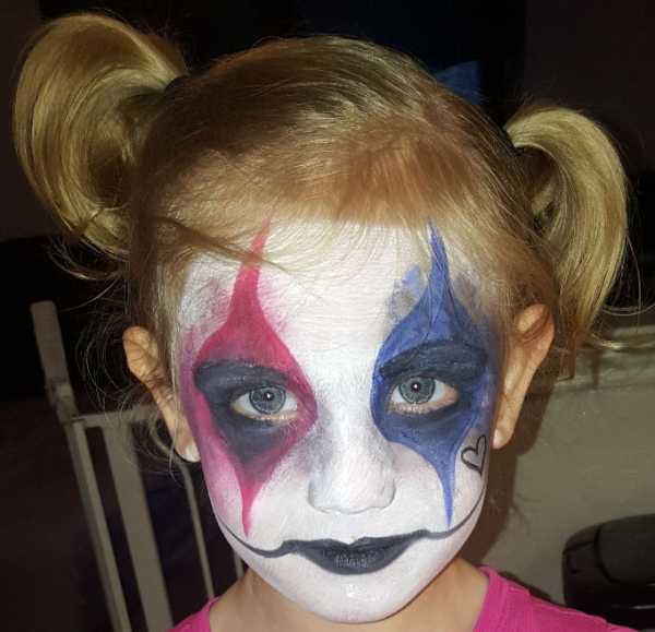 Layna Dull Face Painter