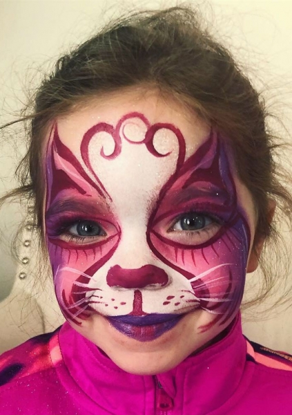 Lacy Ball Face Painter