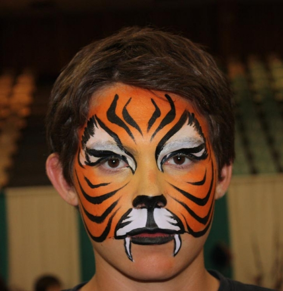 Face painting by Tina Serneels