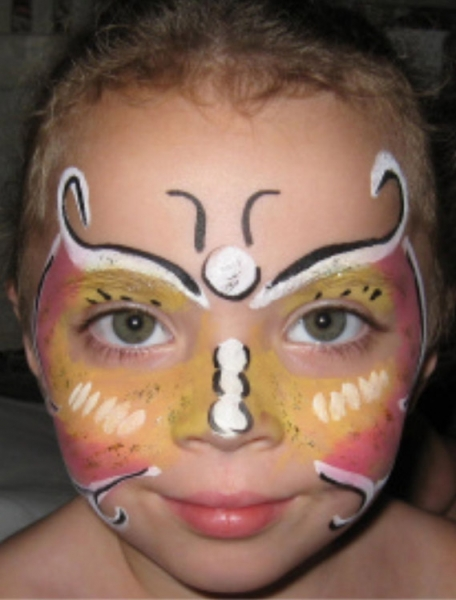 Face painting by Lynn Toomey