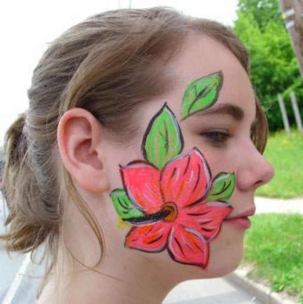 Face painting by Lynn Ruiz