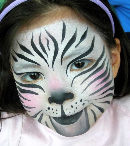 Face painting by Lisa Yu