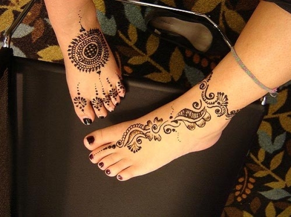 Henna tattoo design by Angel Shah