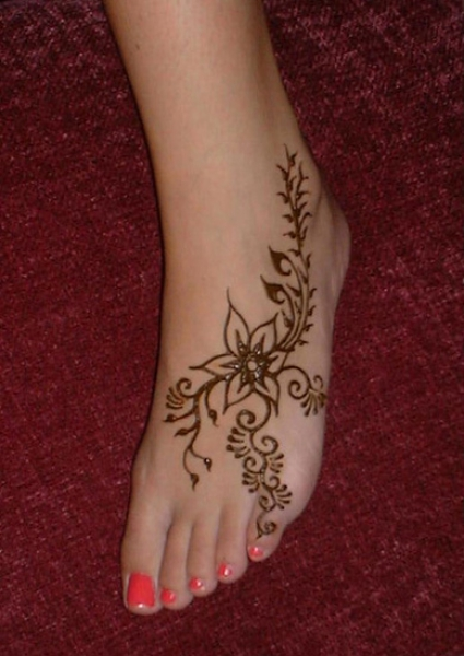 Henna tattoo design by Lily Whitehead