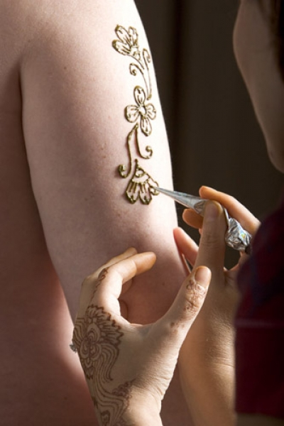 Henna tattoo design by Darcy Van Gelder