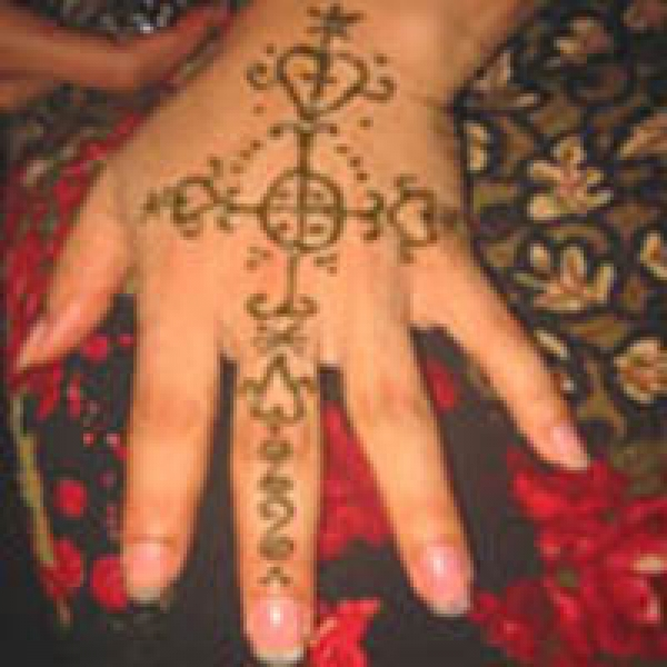Henna tattoo design by Haleh Risdana
