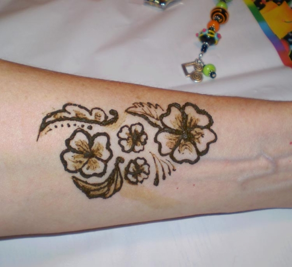 Henna tattoo design by Leandra Argyros