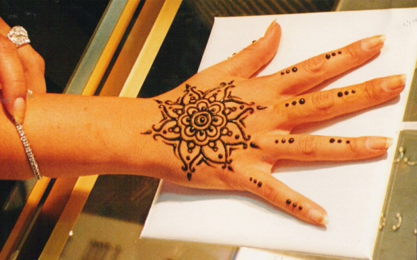 Henna tattoo design by Christina Mendicino