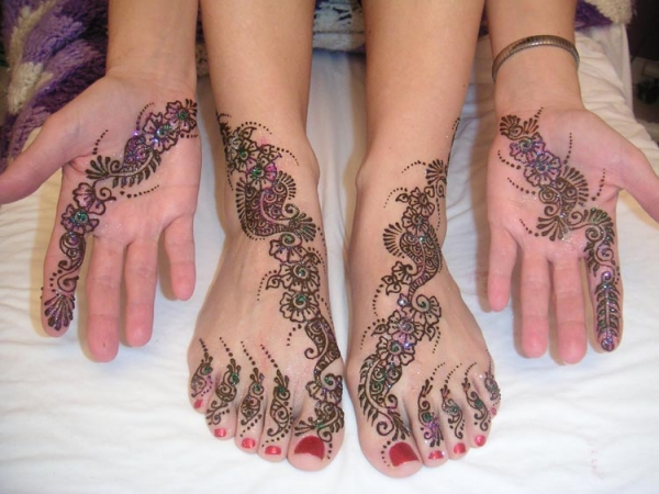 Henna tattoo design by Tejal Patel