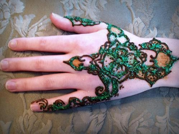 Henna tattoo design by Eve Billings