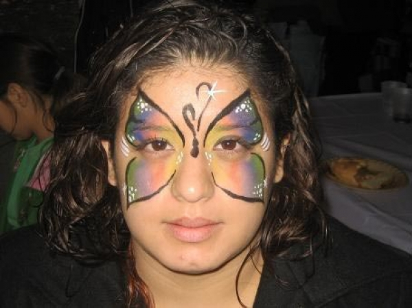 Face painting by Jasmine Garcia